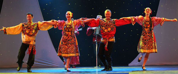 Barynya dancers in Dollywood Park. Photo from Dollywood.com website