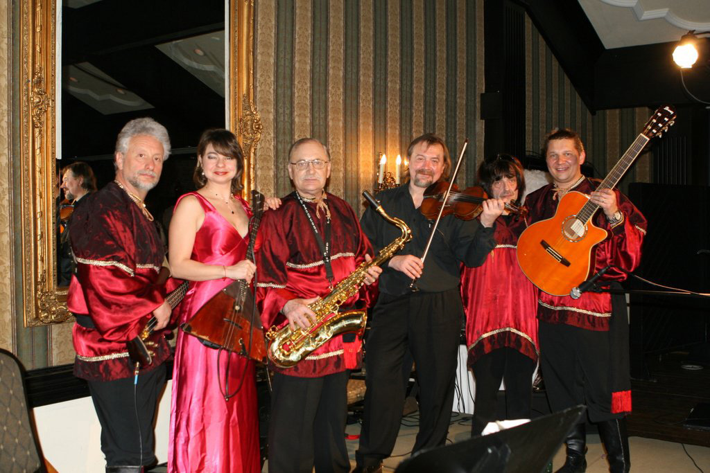 Wedding Music Bands Hire The Best Live Wedding Bands