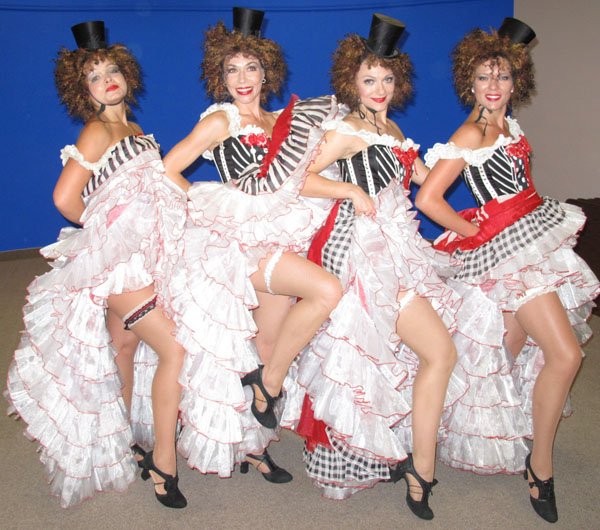 Moulin Rouge French Cabaret dancers photo 04