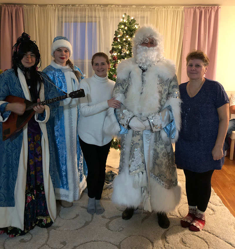 Ded Moroz, Snegurochka, Baba Yaga, Bensonhurst, Brooklyn, New York, Russian New Year's Celebration, Дед Мороз, Снегурочка, Баба Яга