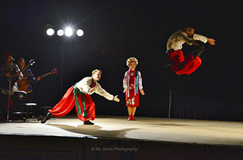 Barynya Song, Music & Dance Ensemble, Ukrainian National dance Hopak, Vladimir Nikitin, Valentina Kvasova, Serghiy Tshnok, Photos made by Donna Davis, Ms. Davis Photography