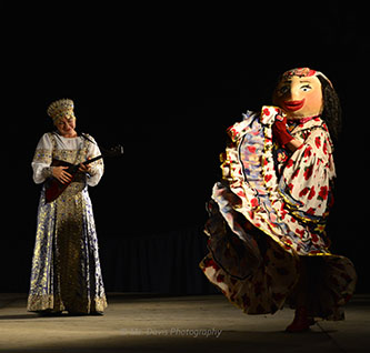 Barynya Song, Music & Dance Ensemble, Balalaika virtuoso Elina Karokhina, Barynya's Gypsy Doll, Photo by Donna Davis, Ms. Davis Photography