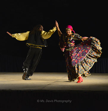 Barynya Song, Music & Dance Ensemble, Russian Gypsy Dance, Valentina Kvasova, Serghiy Tshnok, Photos by Donna Davis, Ms. Davis Photography