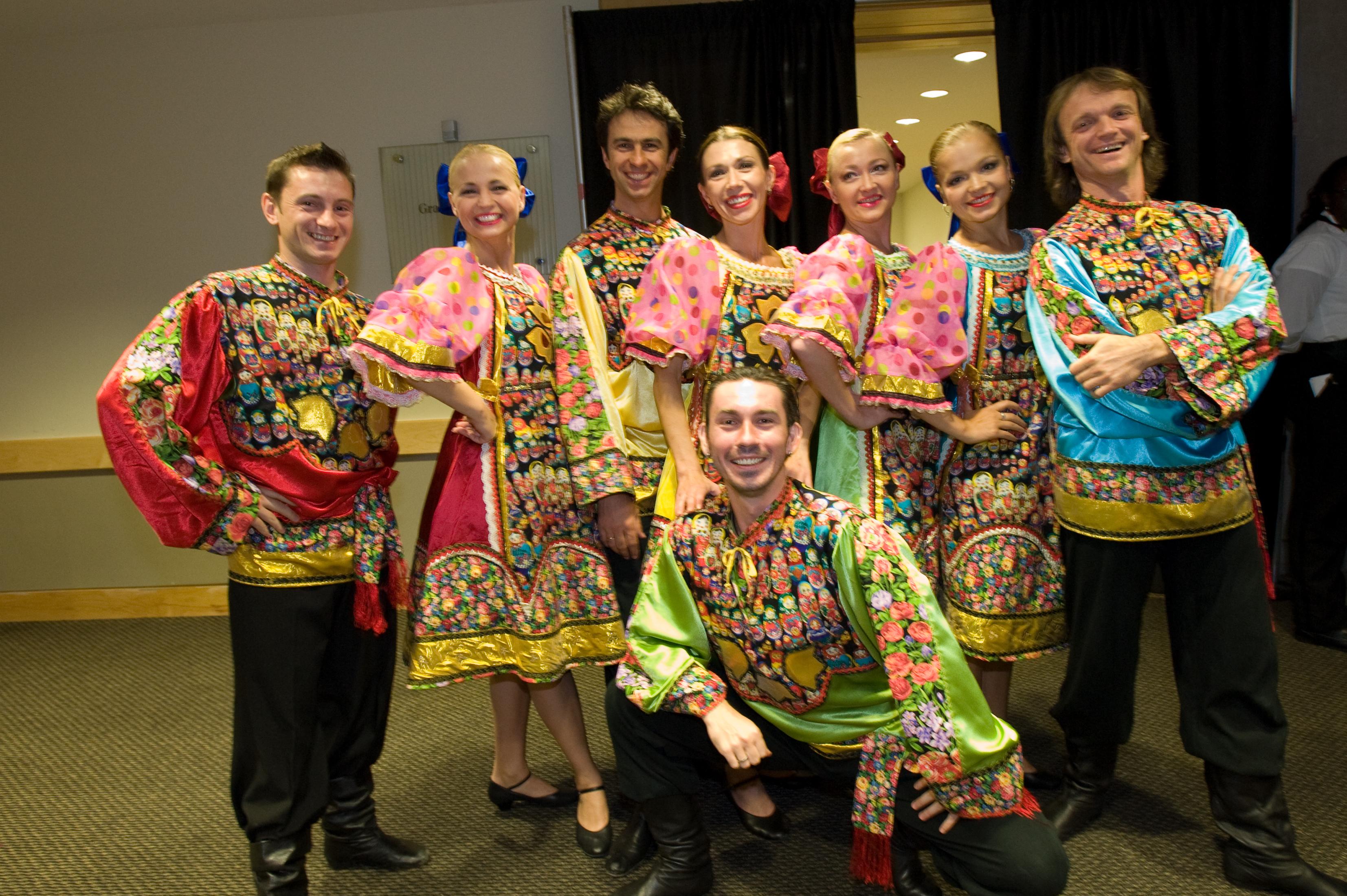 Ролик танцующие сибирские девушки 18 фотография
