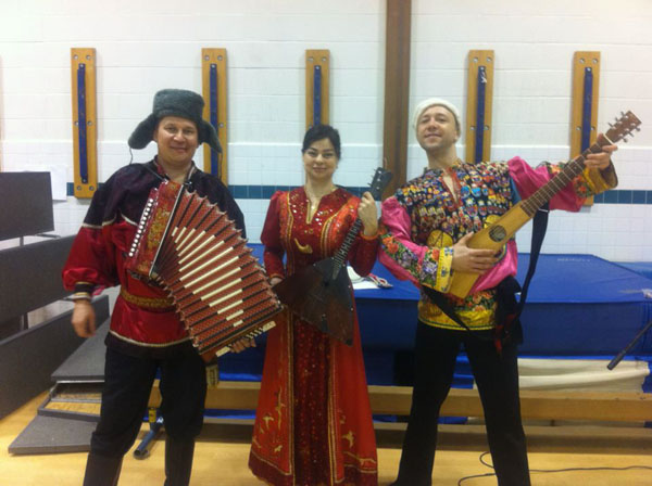 NY Balalaika Trio, Elina Karokhina, Boulat Moukhametov, Mikhail Smirnov, Oak View Elementary School, Fairfax, Virginia, March 9th, 2012