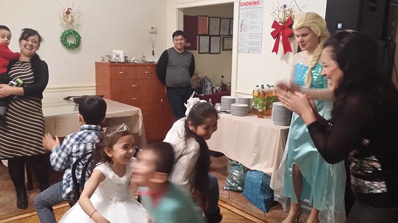 New Year's Celebration, Ded Moroz, Snegurochka, Elza, Restaurant Shirin, Borough Park, Brooklyn, Дед Мороз, Снегурочка, Эльза, Новогодняя ёлка в ресторане Ширин, Боро-Парк, Бруклин