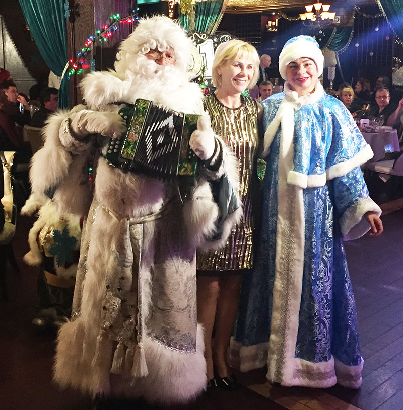 Ded Moroz, Snegurochka, Russian New Year Celebration, Emmons Avenue, Sheepshead Bay, Brooklyn, New York, Дед Мороз, Снегурочка, Эммонс Авеню, Шипсхед-Бей, Бруклин