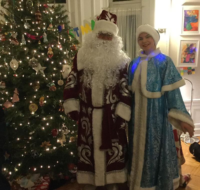 Дед Мороз и Снегурочка, Нью-Йорк