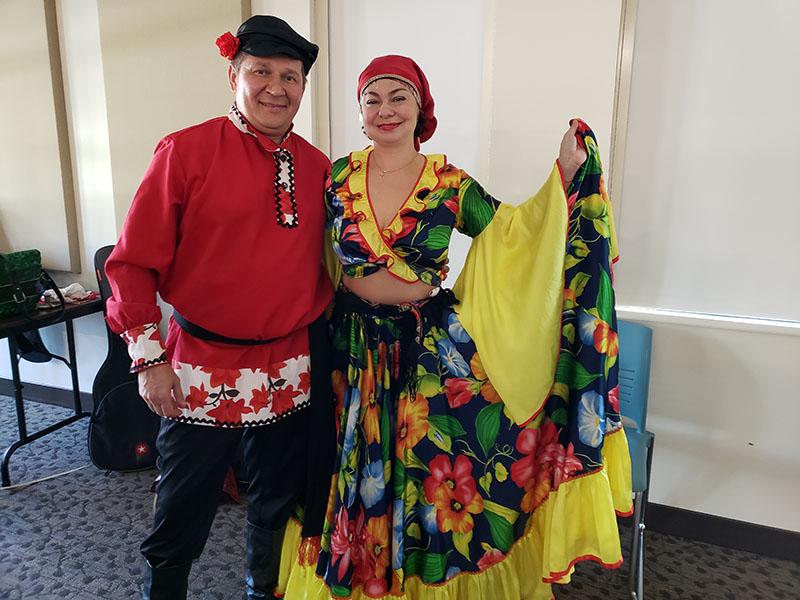 Mikhail Smirnov, Elina Karokhina, Russian musicians Florida, 2019, Punta Gorda Library, 401 Shreve Street, Punta Gorda, FL 33950