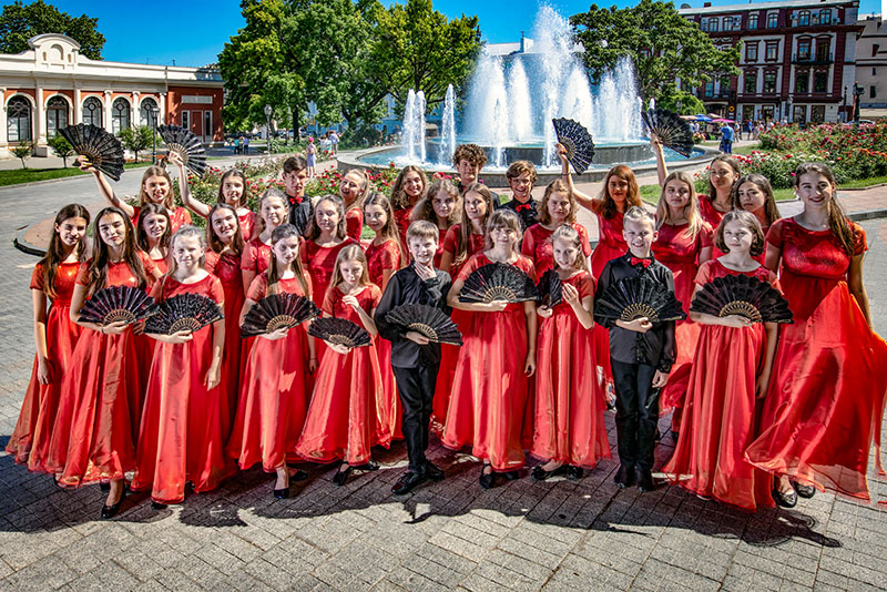 "Ukrainian National Children Chorus ""Pearls of Odessa"" from Odessa, Ukraine, Artistic Director, Conductor Larisa Garbuz"